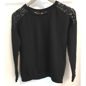 Forever 21 Lace Shoulder Sweater Size Small